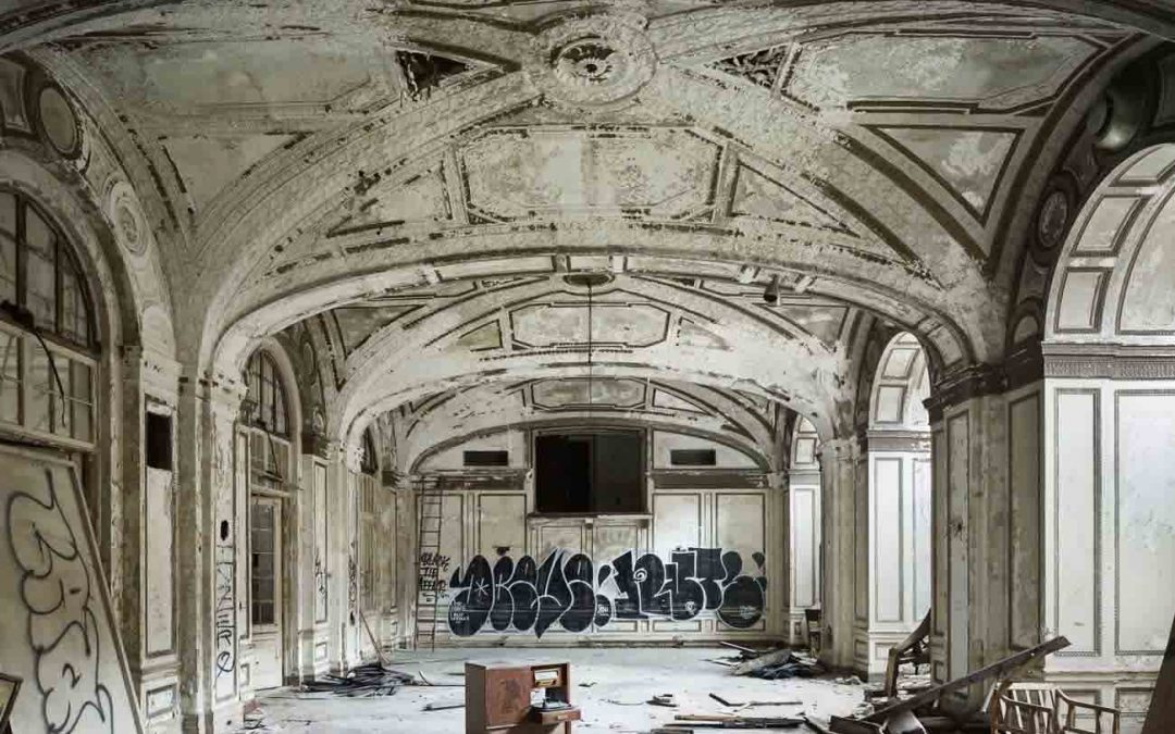 Philip Jarmain – The Lee Plaza Hotel Ballroom, 2011