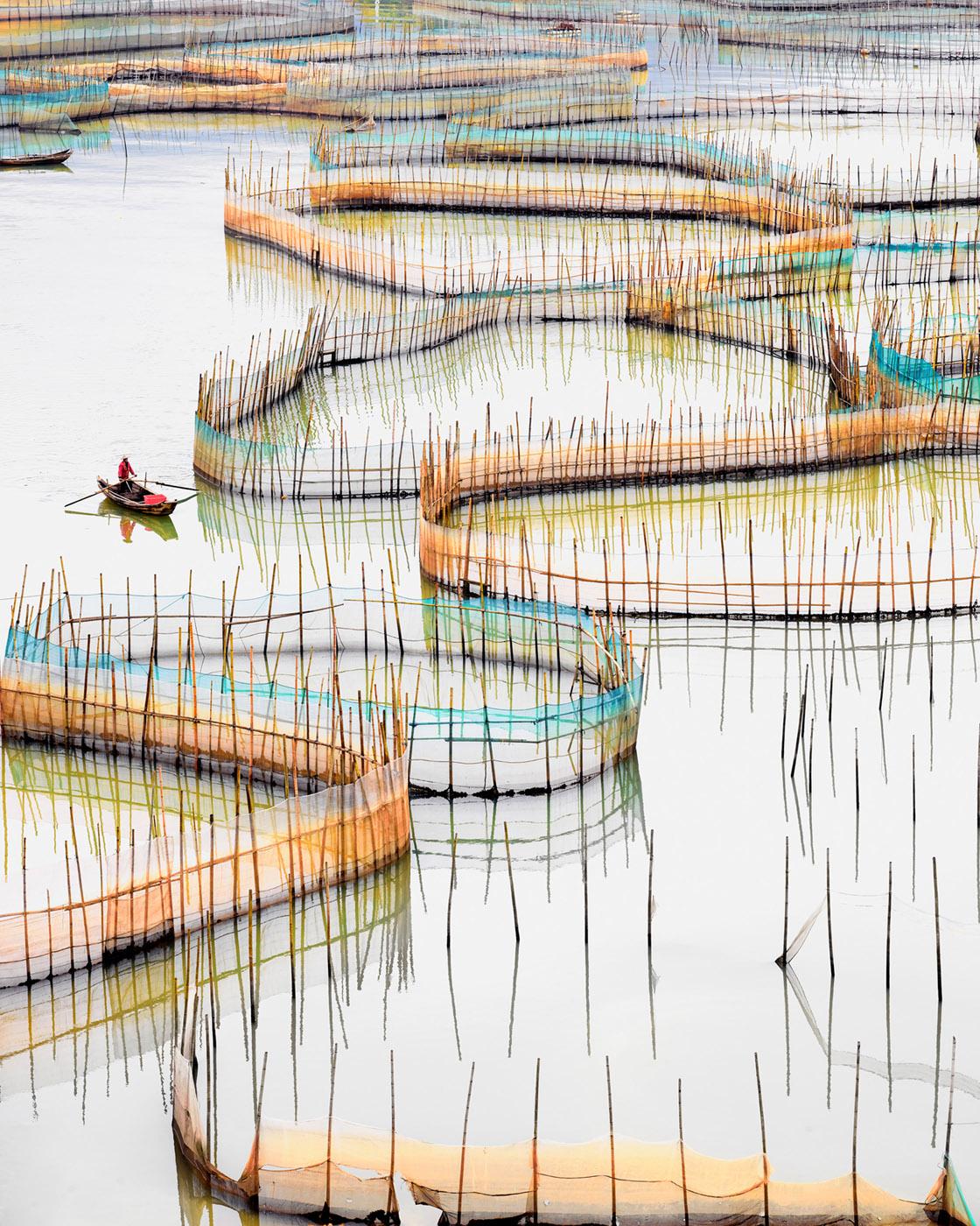 David Burdeny Nets (vertical), Ningde, Fujian, People's Republic of China, 2017