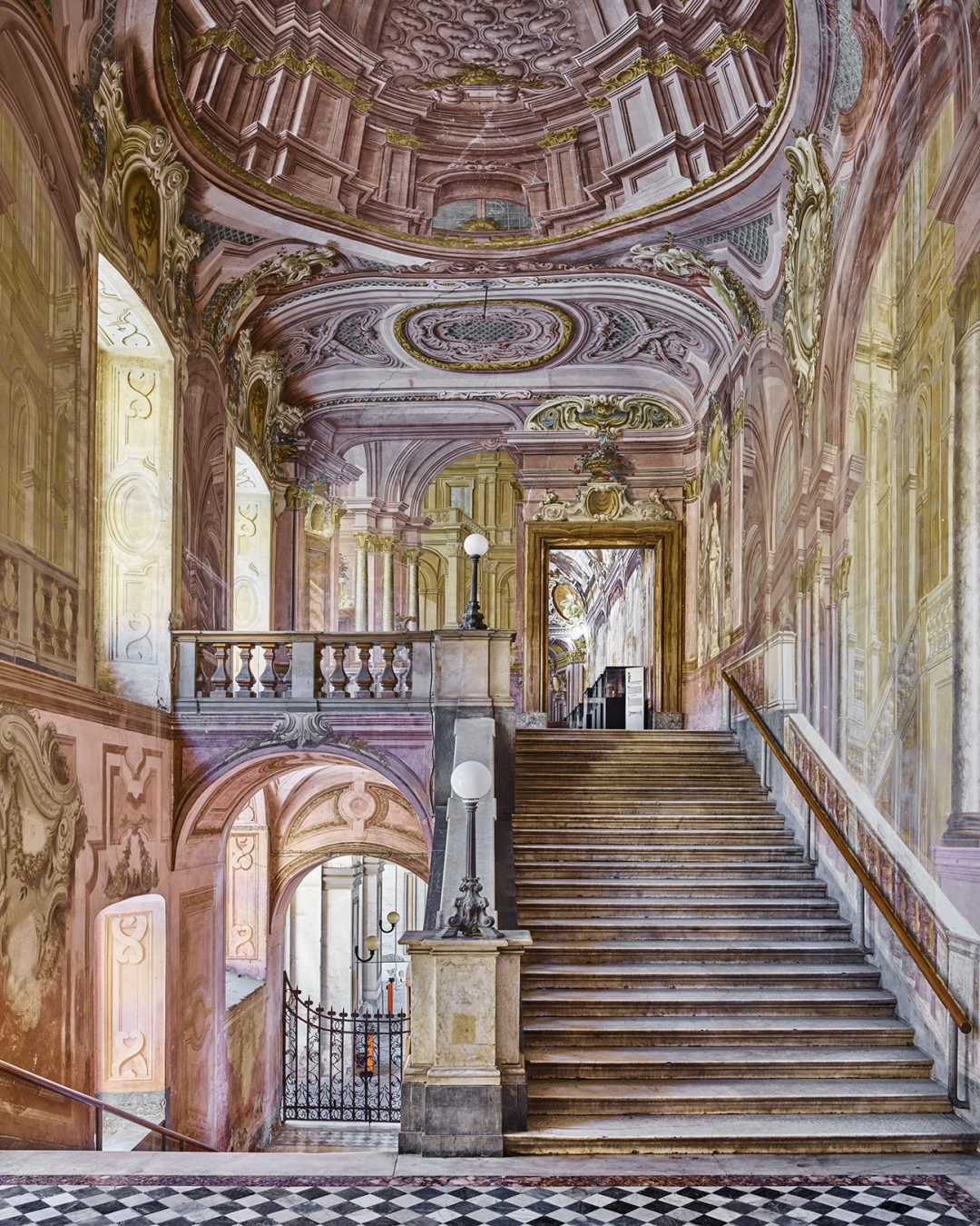 David Burdeny - Trompe-l'œil, Napoli, Italy, 2016