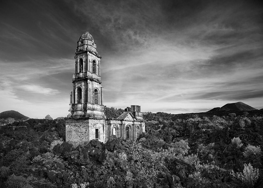 'San Juan Parangaricutiro' - Philip Jarmain at Kostuik Gallery